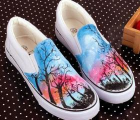 Canvas Shoes Hand-drawing trees in night Graffiti Sneaker